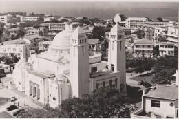 Sénègal,afrique,la Cathédrale Dakar,boulevard De La République,2 Tours,coupole,sanctuaire édifié Sous Cimetière Chrétien - Sénégal