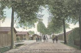 TOUL - 54 - CPA COLORISEE De La Route D'Ecrouves Et L'Entrée De La Caserne Du 156ème Régiment D'infanterie - VAN - - Toul