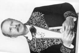 photo originale de presse  - ACADEMICIEN  - jean DUTOURD sous la coupole en 1980
