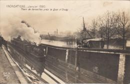 75 PARIS  07 INONDATIONS JANVIER 1920  TRAIN DE VERSAILLES PRES LE QUAI D'ORSAY - District 07