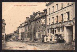 CPA. Dépt.27. LYONS-la-FÔRET. Interieur Du Pays. (Petite Animation) - Other Municipalities