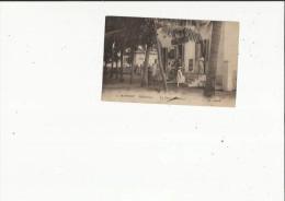 Cotonou  Dahomey)   Le Grand-Hotel Et La Rue Animée - Dahomey