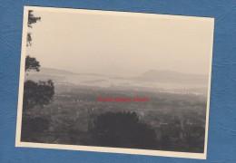 Carte photo format CPSM - TOULON - vue sur la rade - Navire de guerre au fond
