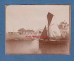 Photo ancienne d�but 1900 - SAINT VALERY en CAUX - Bateau de p�che au d�part au port - TOP RARE