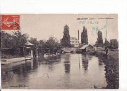Carte 1910 SERQUIGNY / SUR LA CHARENTONNE (pêcheur) - Serquigny