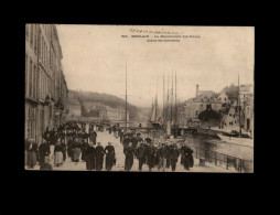 29 - MORLAIX - Manufacture Tabac - Sortie Ouvriers - Morlaix