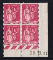 Paix  1 Fr Rose  Yv 369  Du 28.10.38   Charnière Dans La Marge Latérale - Coins Datés