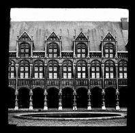 V1275 - BELGIQUE - LIEGE - Cour Du Palais De Justice - Plaque Photo Originale à Ne Pas Manquer - Glass Slides
