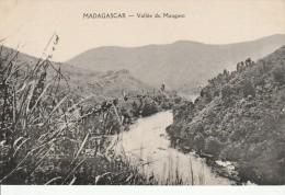 MADAGASCAR - VALLEE DU MANGORO - Madagascar