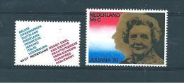 Pays Bas Timbres De 1979  N° 1105/06  Neuf ** - Period 1949-1980 (Juliana)