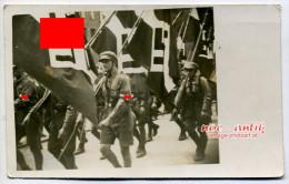 Orig. Foto Hitlerjugend HJ Marsch Flaggenparade Pimpfe (D62) - 1939-45