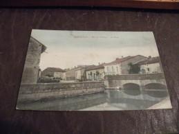 A179...CPA..55..RIGNY-LA-SALLE..Bas Du Village..Le Pont.. Rare Beau Plan...ecrite & Voyagée 1910 - France