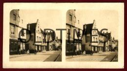 BELGIQUE - LOUVAIN - LA RUE DE BRUXELLES - SEC XIX STEREOSCOPIC PHOTO - Photos Stéréoscopiques