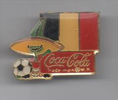 PINS PIN'S BROCHE FOOT FOOTBALL WORLD CUP MEXICO BELGIUM TEAM BELGIQUE DRAPEAU COCA COLA 32 X 25 MMS - Football