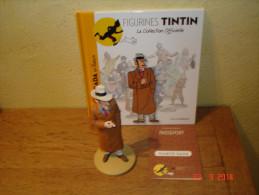 EDITION MOULINSART    RAMON BADA EN FILATURE DANS TINTIN ET L'OREILLE CASSEE - Tintin