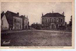 Soucelles.. Animée.. La Mairie.. La Place.. Hôtel De La Boule D'Or - Other Municipalities
