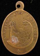 M01718  St. HUBERT PRIEZ POUR NOUS (2.3g) N. D. De MONTAIGU Au Revers - Belgium