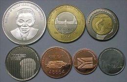 REDONDA Set 8pcs 2013 Nelson Mandela, 2 Bimetals, Unusual Coinage - Monete