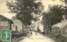 HADOL - Centre Du Village - France