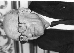 Photo Originale De Presse - ACADEMICIEN  - André  FROSSART  Candidat à L'académie En 1985 - Célébrités