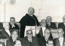 Photo Originale De Presse - ACADEMICIEN  - Le Révérend-pére  CARRE  à L'académie En 1976 - Célébrités