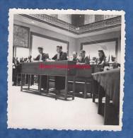 Photo Ancienne - MADAGASCAR - Procés Des Rebelles - Décembre 1947 - Voir Avocat , Partie Civile , Militaire - Guerre, Militaire