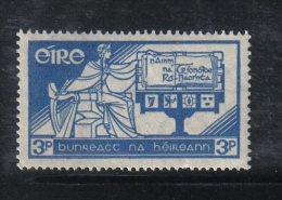 W1909 - IRLANDA 1937 , 3 P. N. 72 *** MNH. Costituzione - 1937-1949 Éire