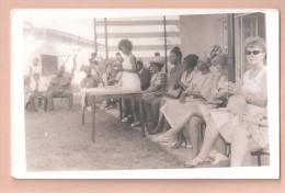 RP NIGERIA  Woman School Girls Prize Giving ? ETHNIC  AFRICA PLAIN BACK POSTCARD NIGERIA WRITTEN TO THE BACK - Nigeria