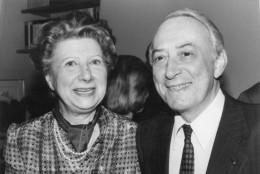 Photo Originale De Presse - ACADEMICIEN . PIERRE MOINOT  Aprés Son élection Avec Son épouse En 1982 - Célébrités