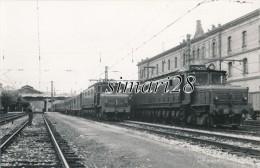 CARTE PHOTO - GARE DE SAN SEBASTIAN - Gares - Avec Trains
