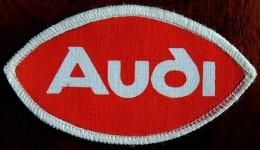 Patch Écusson Tissu à Coudre - Automobile - AUDI - Voitures