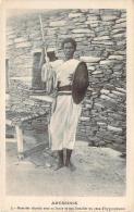 Abyssinie - Guerrier Abyssin Avec Sa Lance Et Son Bouclier En Peau D'hyppopotame - Ethiopie