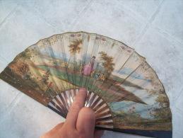 - éventail Support écailles, Papier Peint à Lamain Milieu  XVIII éime état Voir Description - Fans