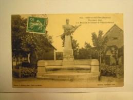 Dep 53 Grez-en-bouère Monument élevé à La Mémoire De Colonel Villebois-mareuil - Zonder Classificatie