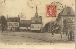 MAISONS-LAFITTE - Avenue De Longeuil, à L'Entrée Du Parc - Commerces - Animé - Maisons-Laffitte