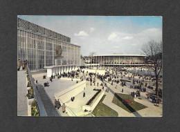 EXPOSITION UNIVERSELLE DE BRUXELLES 1958 - BELGIQUE - BRUXELLES - BRUSSEL - Les Pavillons De L´ U.R.S.S. Et Des U.S.A. - Expositions Universelles