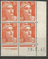 COIN DATE N� 722 VARIETEE 10 ET F RELIER / TIMBRE EN HAUT A DROITE / 1945 NEUF** LUXE