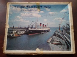 """"""" VICTORY """" Wood Jig-Saw Puzzle Of The """" QUEEN MARY """" At SOUTHAMPTON ( See Picture For Details ) ! - Nautique & Maritime"""