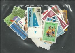 ANTILLES NEERLANDAISES, **, N°465/529, Complet, C: +60€, TB - Antillen
