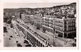 CP, ALGERIE, ALGER, Les Boulevards, Voyagé En 1953, Ed : GALLICE Et Cie - Alger