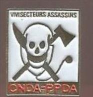 37722-Pin's.CNDA-PPDA.Viv isection.animaux.tete de mort..