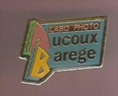 37729-Pin's.Photo.Sa Ducoux Barege. Marseille 8. - Fotografia