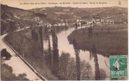 Cpa Les Beaux Sites De La Vezere LE BUGUE - France