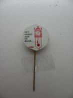 Pin Vara Het Hangt Aan De Muur (GA00171) - Marques