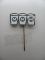 Pin M M M (GA00172) - Boissons