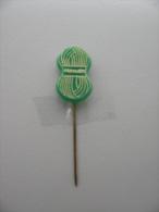 Pin Noveda (GA00207) - Marques