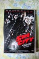 Dvd Zone 2 Sin City Robert Rodriguez  Vostfr + Vfr - Sciences-Fictions Et Fantaisie