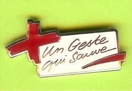 Pin Croix Rouge Un Geste Qui Sauve - 3O23