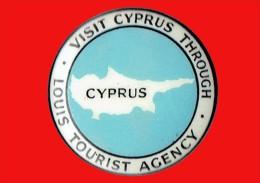 PINS - PIN´S - CYPRUS - VISIT CYPRUS THROUGH - LOUIS TOURIST AGENCY -  CHYPRE -  +/- 1960      (3749) - Tourisme