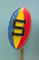Rugby Club SPARTA Prague Praha, Czech Republic, Vintage Pin  Badge - Rugby